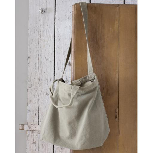 Zipped Canvas Shopper