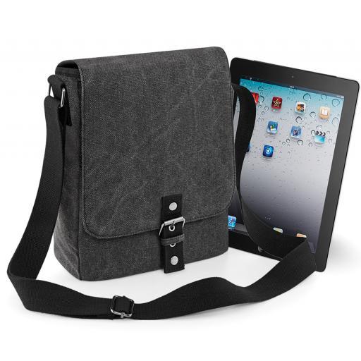 Vintage Canvas iPad/Tablet Reporter